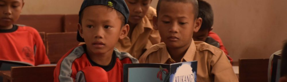 Teaching Indonesian children natural history can change attitudes about illegal trade